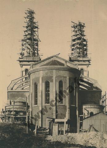 Construction de l'église d'Aïn-Temouchent